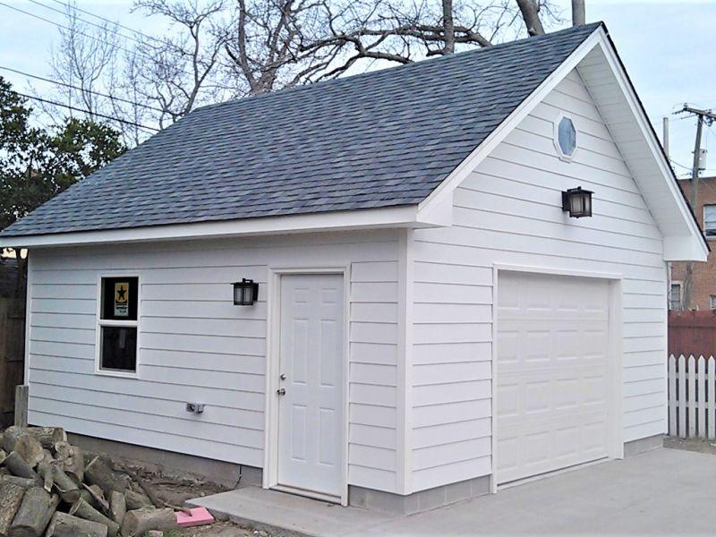 hardiplank 18x20 garage (1).jpg